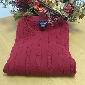 Roundtree & Yorke cable knit sweater